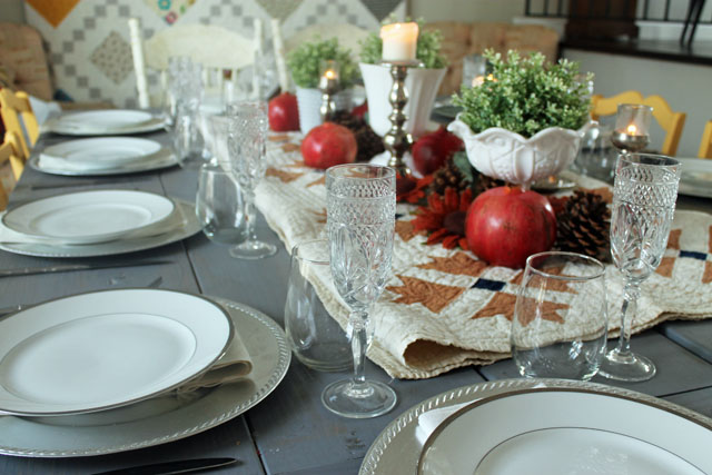 Holiday Tablescape 01